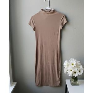 Dresses & Skirts - ⛔SOLD⛔Short sleeve nude bodycon dress